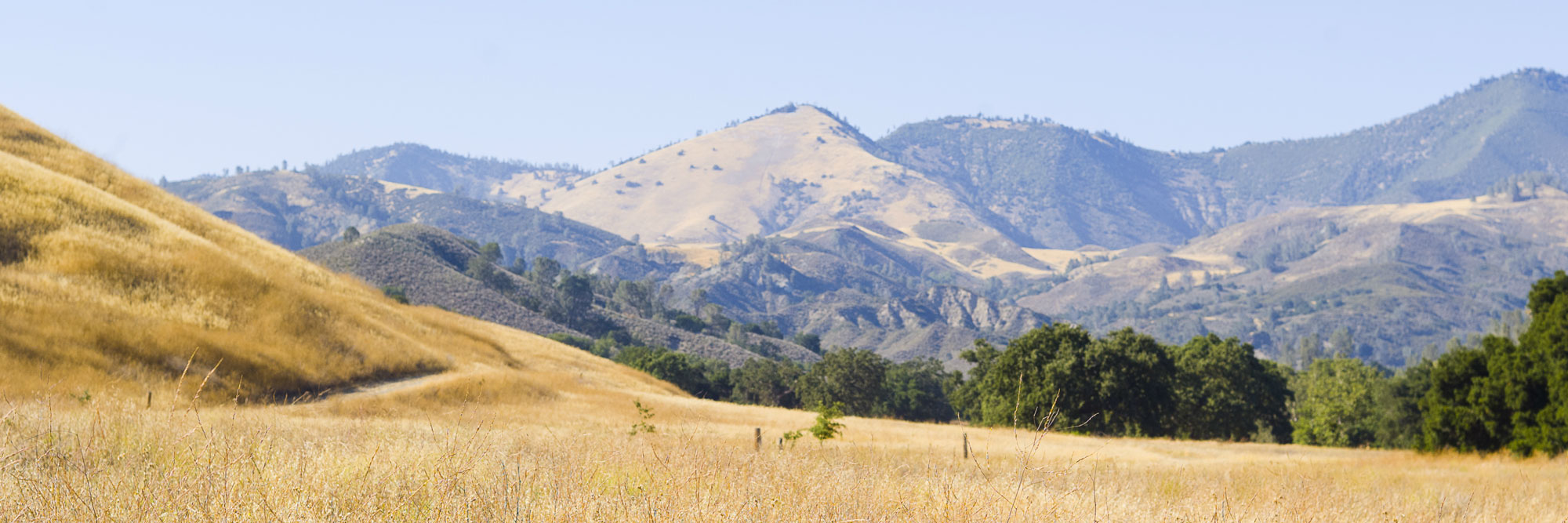 Photo of California landscape with hills